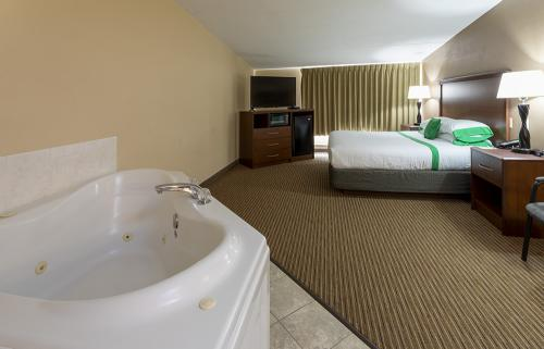 GH Rochester-Room 321-KW