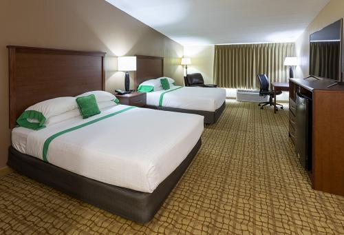 GH Rochester-Room 333-2QExec