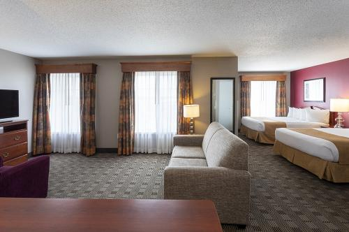 GrandStay Ames-Double Studio Suite