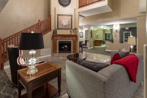 GrandStay Ames-Lobby Fireplace