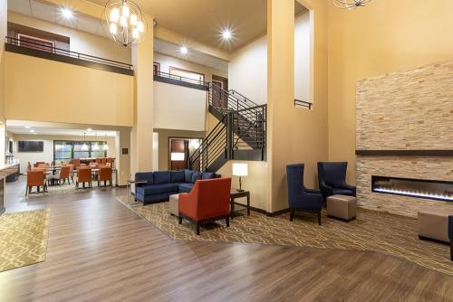 comfort ramsey-lobby wide