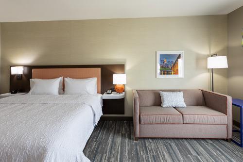 hampton ep-room 508-king study couch