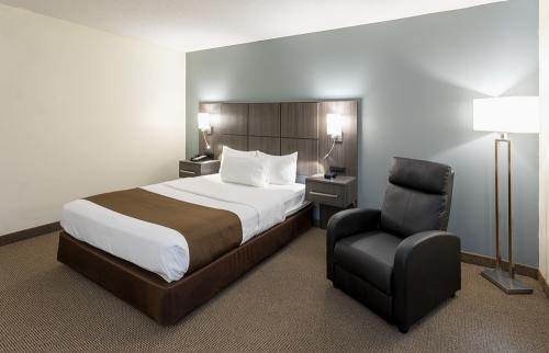 paynesville-room101-hqns-bed