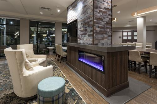 ri maple grove-lobby fireplace
