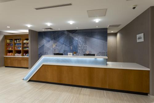 sh maple grove-front desk (1)